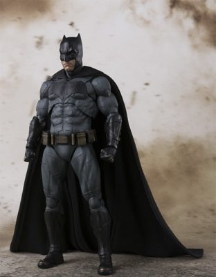 BATMAN (JUSTICE LEAGUE) – S.H.FIGUARTS