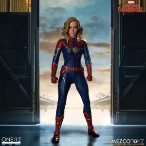 Captain Marvel – One:12 Collective – Mezco Toyz